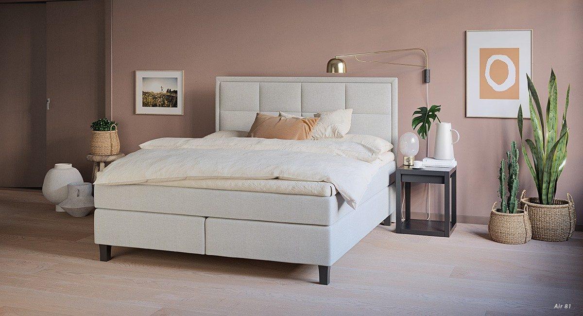 Wonderland W8 Continental bed